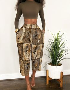 A curated collecton of authentic Vintage Glam. Latest African Fashion Dresses, African Print Dresses, African Print Fashion, African Dress, Black Girl Fashion, Look Fashion, Fashion Outfits, 70s Fashion, Womens Fashion