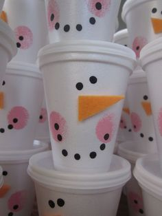 snowman cups to put treats in to share - pics and instructions :0) maybe put gourmet hot chocolate fixin's inside for school or teachers.