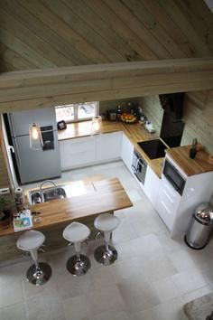 My favorite interior design house on pinterest coastal cottage patterned p - Deco style chalet moderne ...