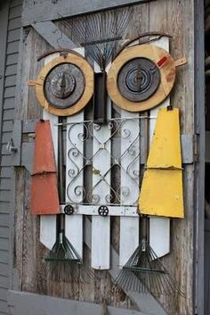Recycled Art Hoot Hoot, Owl made of what looks like a wooden gate
