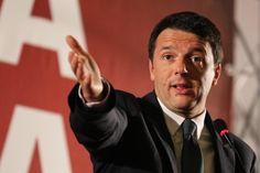 Elezioni 2013 , comizio di Renzi a Napoli