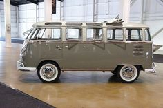 Volkswagen Van Gray + White 23 Windows