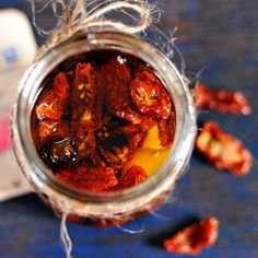 How to sun dry tomato and preserve.