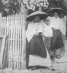 Picturesque Old Philippines: Womens Fashion Filipino Art, Filipino Culture, Cultura Filipina, Philippines Culture, Philippines People, Philippine Architecture, Filipino Fashion, Philippine Women, Filipina Beauty