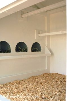 I do love these adorable chicken coops with lots of character