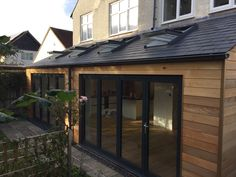 Cedar clad extension mono pitched extension Kitchen Diner Extension, House Front, Exterior Cladding, Cedar Cladding, House Exterior, Cool Tree Houses, House Extension Design, Roof Extension, 1930s House