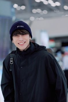 Dramas, Korean People, Actors Images, Thai Drama, Cute Gay, Airport Style, Hot Boys, Chanyeol, Actors & Actresses