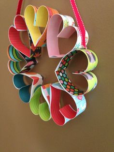 Make your home a little more festive and spread the love by creating this lovely handmade Heart Wreath for Valentine's Day. http://www.greenkidcrafts.com/heart-wreath/
