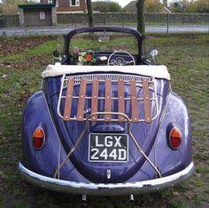 Cute purple car Purple Party, Purple Wedding, Wedding Car, Wedding Stuff, Wedding Ideas, Pantone, Bug Car, Fitness Gifts, Vw Beetles