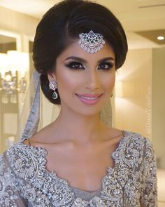 """My final bride of 2015 gave me the pleasure of creating 9 different bridal looks on her for her royal #AbuDhabi wedding ❤️ She chose me to be her artist &…"""