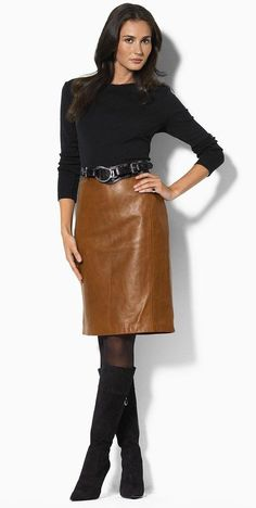 Brown leather skirt with belt, black long sleeve top, black hose, sco . Look Fashion, Skirt Fashion, Womens Fashion, Fashion Trends, Mode Outfits, Skirt Outfits, Brown Leather Skirt, Skirts With Boots, Skirt Boots