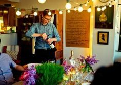 Dinner Party in a Small Apartment: 5 Tips