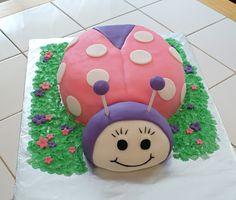 Ladybug cake #cakesbymeg