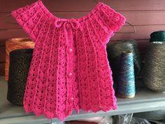 VESTIDO TEJIDO PARA NIÑA || TEJIDO CREATIVA - YouTube Crochet Ruffle, Crochet Stars, Free Crochet, Crochet Top, Crochet Toddler, Crochet Girls, Crochet Baby Sweaters, Crochet Clothes, Knitting Videos