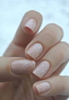 subtle snowflake #nailart - usually hate this kind of shit, but this is actually pretty.