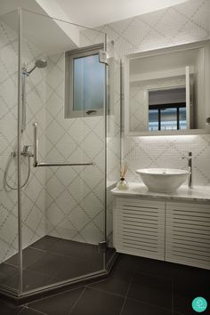 You can keep your bathroom simple with tiles such as these. #bathroomtiles #vesselsink