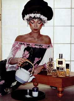 Leonard. L'Officiel magazine 1976 Fashion Images, Strike A Pose, 1970s, Gucci, Magazine, Poses, Maxis, 18th, Babe