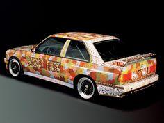 BMW M3 E30 Art Car by Michael Jagamar Nelson 1989 vue AR - photo BMW