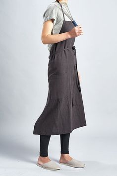 For expert full linen apron Charcoal Grey / Premium by aroundLINEN