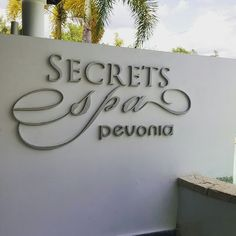 """""""Confessions of a Spa Bunny"""" - Secrets Spa by Pevonia Montego Bay Jamaica"""