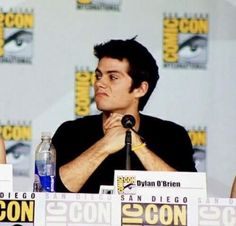 Image discovered by Naecco. Find images and videos about teen wolf, dylan o'brien and stiles stilinski on We Heart It - the app to get lost in what you love. Teen Wolf Dylan, Teen Wolf Stiles, Teen Wolf Cast, Dylan O'brien Funny, Dylan O Brain, Dylan O Brien Cute, San Diego, Bae, Dylan Thomas