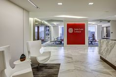 When this traditional global real estate and investment management corporation merged with a progressive Orange County brokerage firm, the new entity moved to a larger, centrally located space in Irvine. It was time for the company—itself a specialist in workspace planning—to reimagine its own regional headquarters office to accommodate a significant cultural change.  For [&hellip
