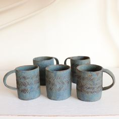 マグカップ(青刻)濃/茨木伸恵 - galerie n107 Mugs, Tableware, Dinnerware, Tablewares, Mug, Place Settings