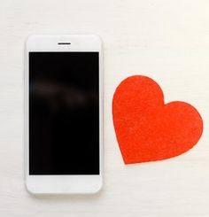 THE VERY BEST APPS TO HELP YOU FIND ROMANCE - We New Yorkers are busy people, which means we don't always have time for a full dating life. Nobody wants to go sit at a bar and hope someone approaches