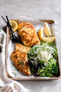 Chicken Milanese, Chicken Cutlets, Crispy Chicken, Tandoori Chicken, Milanesa Recipe, Fennel Recipes, Macaroni Recipes, Fennel Salad, Well Seasoned