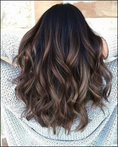 Hot Haircut and Color Trends for 2019 70 Hot Haircut and Color Trends for 2019 – Farbige Haare Hair Color For Black Hair, Brown Hair Colors, Black Hombre Hair, Gray Hair, Wavy Black Hair, Brunette Fall Hair Color, Black Hair Dyed Brown, Dark Brown Hair With Low Lights, Trendy Hair Colors