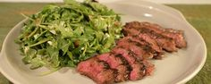 Fire up the grill and make this juicy & delicious skirt steak with arugula salad!