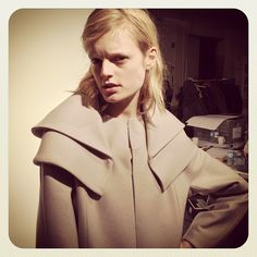 Style icon & model Hanne Gaby is striking a pose backstage at #HUGO #bfw #mbfw