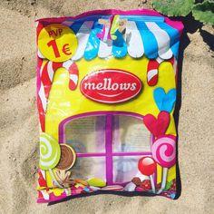 Doces: maus para os dentes, maus para o ambiente 🍭 --- Candy: bad for teeth, bad for environment 🍭 ♻️ #mintbeachmovement #mintbeach #candy #itsnotok #saveouroceans #sustainability #sustentabilidade #microcleanup #take3forthesea #justgrabbits #cleanseas #2minutebeachclean #beachclean #beachcleanup #beachcleanportugal #beach #praia #costadacaparica #praialimpa #zerolixo #portugal