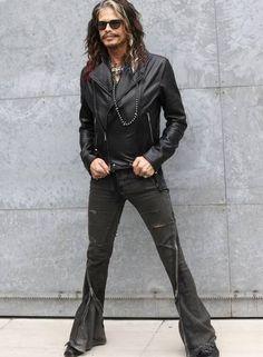 steven tyler's roberto cavalli jacket   Em foco: Steven Tyler, da banda Aerosmith, 'rouba' a cena em semana de ...