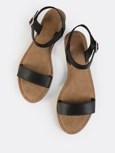 SheIn offers Scallop Trim Open Toe Sandals BLACK & more to fit your fashionable needs. Shoes Flats Sandals, Sandals Outfit, Open Toe Sandals, Black Sandals, Women's Shoes, Sock Shoes, Cute Shoes, Me Too Shoes, Edgy Shoes