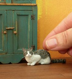 The Mouser ~ a 1:12 dollhouse miniature scale cat sculpture with fiber-added coat by CDHM Artisan Kerri Conner Pajutee, IGMA Fellow Miniature Animals, www.cdhm.org/user/kpajutee