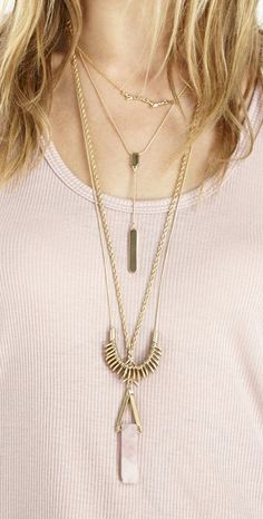 Layered gold necklaces//