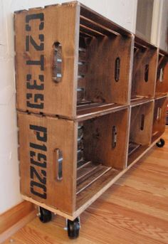 Hammers and High Heels: DIY Vintage Crate Shelving Unit made with wood crates from Joann's. wood base with casters then attached the crates. Vintage Diy, Vintage Crates, Vintage Decor, Pallet Crates, Wood Crates, Pallets, Milk Crates, Casa Rock, Crate Shelves