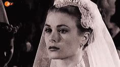 """dosesofgrace: """" On her wedding day, Grace Kelly gave new meaning to the word icon. Her whole look, from the regal veil to the feminine lace details and the conservative gown, made her an ageless bride. — Oscar de la Renta """""""