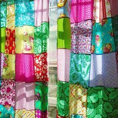 Boho Chic Decor DIY that inspires creativity. Boho Chic Decor DIY that inspires creativity - Hike n Dip. Boho Chic decor ideas is the most trending home decor theme. Here are Best Boho decor ideas, Boho room decor idea Patchwork Curtains, Boho Curtains, Beaded Curtains, Cheap Home Decor, Diy Home Decor, Room Decor, Cortinas Boho, Bohemian Furniture, Boho Home