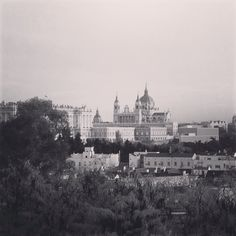 Royal Palace & Almudena's Virgin church!!