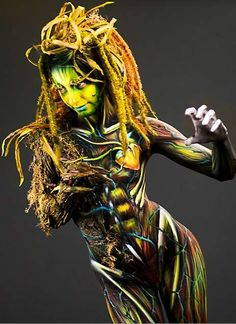 100 Creative Body Art Paintings - From Typographic Body Painting to Animalistic Body Art (TOPLIST)