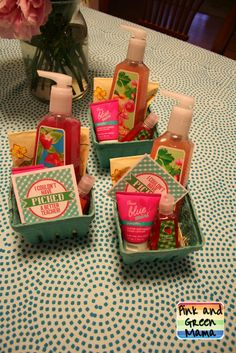 Pink and Green Mama: Wrapping Up Another School Year Cute Teacher Gifts, Teacher Christmas Gifts, Teacher Appreciation Gifts, Cute Gifts, Teacher Party, Jw Gifts, Party Gifts, Berry Baskets, Mothers Day Crafts