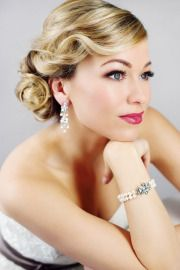 old hollywood glam, this is what my hair kinda looked like on my wedding day!