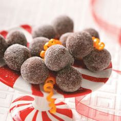 Dark Chocolate Orange Truffles Recipe from Taste of Home -- shared by Theresa Young of McHenry, Illinois Christmas chocolates recipes appetizers Chocolate Orange Truffles Recipe, Chocolate Bonbon, Dark Chocolate Orange, Dark Chocolate Chips, I Love Chocolate, Melting Chocolate, Chocolate Brownies, Chocolate Covered, Fudge