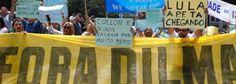 Deu no Diário de Cuba. Manifestantes en Sao Paulo. (BRASIL 24/7) - 'Collor y Nixon cayeron por mucho menos', claman miles de manifestantes en Sao Paulo. Até no Diario de Cuba as manifestações tiveram espaço no Brasil, excetuando a Revista Veja o restante da imprensa calou-se.