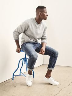 Our on/off/always duty staple is back. How will you wear your Gap denim? Source by sophieetchart Fashion Poses, Fashion Outfits, Fashion Ideas, Self Portrait Poses, Fall Photo Shoot Outfits, Man Dressing Style, Mens Fashion Sweaters, Mein Style, Poses For Men