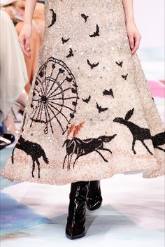 Schiaparelli, Alta Moda Autunno-Inverno 2016-17 #detail #textiledesign #aw17 #pfw #creative #pattern
