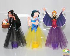White Cake Cupcakes, White Cakes, Disney Princess Birthday Party, Princess Party, Baby First Birthday, 4th Birthday Parties, Disney Cosplay Costumes, Snow White Cake, Deco Buffet