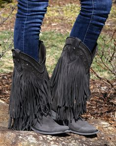 Liberty Black Vegas Fringe Boots Black Source by vintagekoala Fringe Cowboy Boots, Cowgirl Boots, Western Boots, Metallic Ankle Boots, Black Boots, Black Fringe Boots, Shoes Heels Boots, Heeled Boots, Casual Heels
